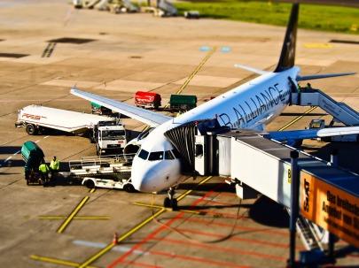 كيف تربح المطارات؟